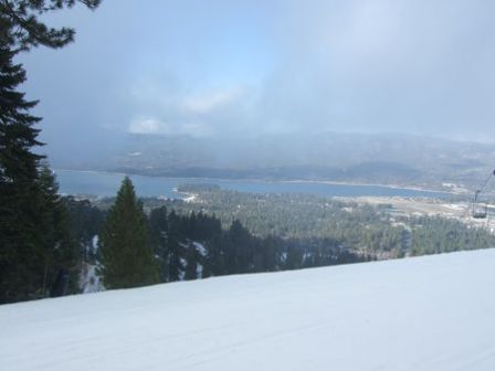 Big Bear Lake vu des pistes 3
